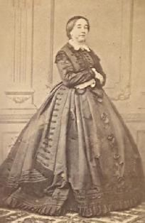 1861-1865 Day dress with overskirt.