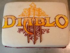 Diablo 3 Ryan. Girlfriend of the Year. - Picture of a Diablo 3 cake ...