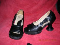 W6 Mini Bebe black in great condition! - $200  Note from Backroad Gypsy - 200 bucks? These are some seriously ugly shoes.