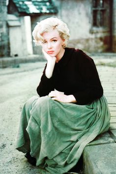 Marilyn Monroe photographed by Milton H. Greene, 1954.