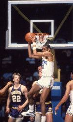 Reggie Miller Reggie Miller, I Love Basketball, Action Images, Coaches, Athletes, College, Sports, Hs Sports, Trainers