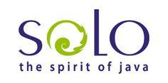 """""""Solo The Spirit of Java"""" mengandung arti bahwa """"Solo merupakan jiwanya Jawa"""". Bisa dikatakan bahwa Solo merupakan representasi dari Jawa. Kata """"Jawa"""" pun seringkali diidentikkan dengan Jawa Tengah terutama daerah Solo dan sekitarnya. Huruf """"O"""" pertama dalam kata """"Solo The Spirit of Java"""" diambil dari bentuk dasar motif batik yang menjadi salah satu ikon utama kota Solo. Logo ini sekaligus juga mencerminkan bahwa merupakan kota seni dan budaya."""