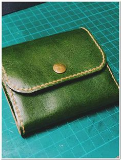 Some of you may not know that I got my start in business by sewing bags and wallets. Diy Wallet, Best Wallet, Wallets For Women, Recipes, Bags, Handbags, Women's Wallets, Wallet