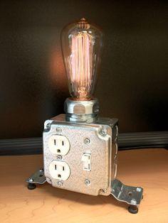 Lámpara de mesa o escritorio por MartyBelkDesigns en Etsy