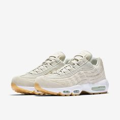 Chaussure Nike Air Max 95 Premium pour Homme http://feedproxy.google.com/WomenShoes2
