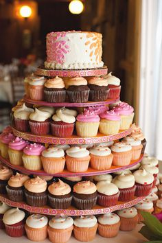 Pink and orange wedding cupcakes . like top cake on the top but cupcakes under Wedding Wishes, Our Wedding, Dream Wedding, Wedding Things, Wedding Ideas, Wedding Cakes With Cupcakes, Cupcake Wedding, Wedding Cake Alternatives, Cupcake Cookies
