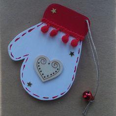 Décoration de Noël / hiver : petite moufle rouge et blanche