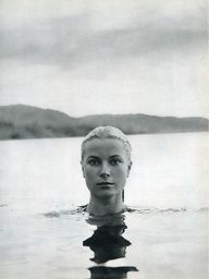 The beautiful Grace Kelly or at least the head of. Portrait by Howell Conant.