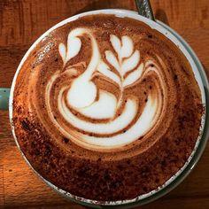 #swan by @lecioresmini #barista #baristalife #specialtycoffee #sydneycoffee #specialtycoffeeroaster #sydneynorthernbeaches #coffee #coffice #coffeegram #coffeesesh #coffeetime #coffeebeans #coffeeoclock #coffeesydney #freepour #freepourart #latteart #aeropress #coffeeart #espressoart #flatwhite #sydneycafes #latteartvideo #igcoffee #coffeephoto #coffeeuniverse #flatwhite #rosetta by shotlabespresso