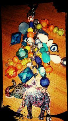Llavero piedras color