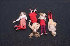 SERIE MODE : SISTERS Photos : Jo Paterson Style : Rachel Caulfield ☞ Plus de contenu sur www.milkmagazine.fr
