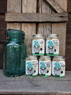 Mini Mason Jars, Mason Jar Gifts, Mason Jar Candles, Mason Jar Art, Baby Food Jar Crafts, Baby Food Jars, Thumbprint Crafts, Painting Glass Jars, Crafts With Glass Jars