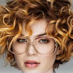 Taglio capelli mezza lunghezza 2017