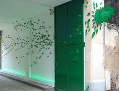 sabz_paris_sinalizar02 Signage, The Good Place, Garage Doors, Paris, Creative, Outdoor Decor, Design, Inspiration, Home Decor