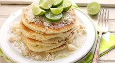 yourself These pretty little pancakes get a kick from key lime zest, a smidgen of white chocolate chips and topped with a buttery streusel and homemade Coconut Syrup Coconut Syrup, Coconut Sauce, Coconut Milk, Pancakes And Bacon, German Pancakes, Le Jolie, Breakfast Recipes, Pancake Recipes, Dinner Recipes