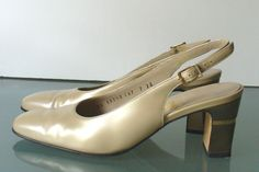 Made in Italy Salvatore Ferragamo Taupe Pumps  Size 7 US by EurotrashItaly on Etsy
