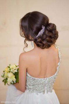wedding updo hairstyle ideas 2 via elena radoman - Deer Pearl Flowers / http://www.deerpearlflowers.com/wedding-hairstyle-inspiration/wedding-updo-hairstyle-ideas-2-via-elena-radoman/