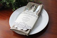 These elegant customizable menus. | 21 Incredibly Gorgeous Wedding DIYs That You Can Actually Do