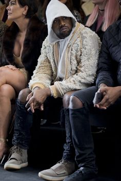 Kanye West Attends Balmain F/W 2016 Show Wearing Couture Balmain Jacket, Saint Laurent Jeans And Yeezy Boost Sneakers Kanye West Style, Kardashian, Balmain Jacket, Saint Laurent Jeans, Fashion Show, Mens Fashion, Paris Fashion, Swagg, Dapper