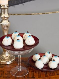 "Halloween Party Food: Cake Ball ""Eyeballs"" Recipe 