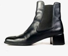 $890 SALVATORE FERRAGAMO BOOTS 9 N Black Leather Ankle Boots  *PRIMO* SZ 9 N #SalvatoreFerragamo #AnkleBoots