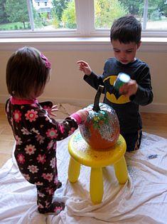 Toddler Friendly Pumpkin Glittering