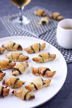 Petits croissants feuilletés au basilic et viande des grisons