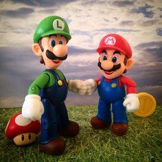 Mario Bros Mario Y Luigi, Mario Bros, Green Warriors, Best Action Figures, Gamers, Bob Marley, Nintendo, Fictional Characters, Ornaments