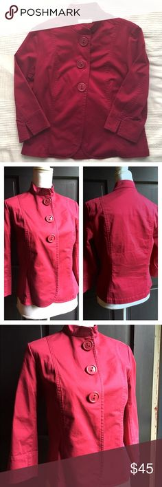 Coldwater Creek Berry Red Mandarin Collar Jacket 4 Coldwater Creek Berry Red Mandarin Collar Jacket, size 4. In excellent pre-owned condition! 🎀Search my closet for your size 🎀BUNDLE and SAVE! 🎀REASONABLE offers WELCOME 🎀NO TRADES NO HOLDS 🎀Thank you for stopping by!❤️ Coldwater Creek Jackets & Coats Blazers