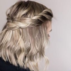 This post has been compensated by Collective Bias, Inc. and its advertiser. All … This post has been compensated by Collective Bias, Inc. and its advertiser. All opinions are mine alone. Sporty Hairstyles, Prom Hairstyles For Short Hair, Best Wedding Hairstyles, Braids For Short Hair, Braided Hairstyles, Short Hair Crown Braid, Braid Crown, Crown Hair, Hairstyles Videos