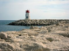 Sausset-les-Pins Lighthouse