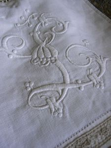 antique monogram linens..Letter 'L'.