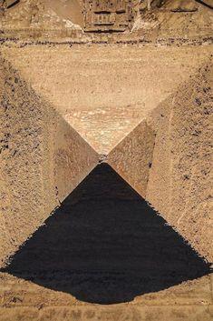 Ancient Symbols, Ancient Aliens, Ancient Artifacts, Ancient Egypt, Pyramids Egypt, Cairo Egypt, Egyptian Temple, Egyptian Art, Great Pyramid Of Giza