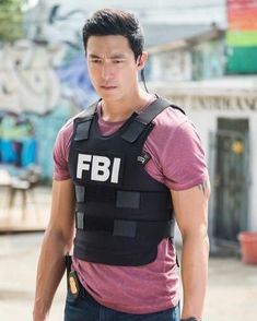 All of the Dramatic Cast Exits 'Criminal Minds' Has Seen Throughout the Years IN: Daniel Henney as Matthew Simmonscountryliving<br> Remember when Jennifer Love Hewitt was on? Daniel Henney Criminal Minds, Criminal Minds Cast, Asian Actors, Korean Actors, Asian Celebrities, Korean Dramas, Dennis Oh, Daniel Henny, List Of Actors