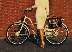 Stylish cycle chic - must have bike bag