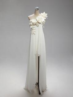 A(z) 73 legjobb kép a(z) kismama menyasszonyi ruha táblán ekkor ... 4edea40b76