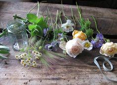 700_bouquet-ingredients-bc