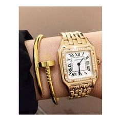 How To Choose Your Jewelry Armoire Cartier Jewelry, Jewellery Uk, Pandora Jewelry, Jewelry Gifts, Jewelry Watches, Jewelry Accessories, Fashion Jewelry, Cartier Gold, Cartier Tank