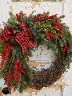 Rustic Christmas Wreath, Winter Wreath, Holiday Wreath, Christmas Decor by FlowerPowerOhio on Etsy