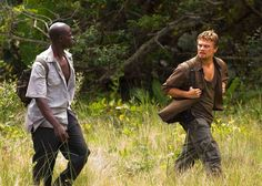 A gallery of 47 Blood Diamond publicity stills and other photos. Featuring Leonardo DiCaprio, Djimon Hounsou, Jennifer Connelly, Kagiso Kuypers and others. Diamond Movie, Leonardo Dicaprio Photos, Djimon Hounsou, The Last Samurai, X Movies, Michael Sheen, Sometimes I Wonder, Eroge, Now And Then Movie