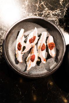 Amuse im Omakase Menü. #hamburg #abendessen Restaurant Hamburg, Fish, Food Menu, Ribs, Veggie Food, Food Dinners, Food Food, Simple, Pisces