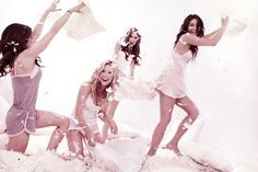 Lucy Hale, Ashley Benson, Troian Bellisario, Shay Mitchell