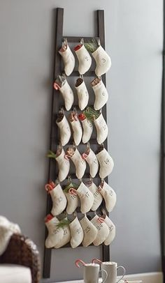 rustic stocking ladder advent calendar http://rstyle.me/n/tv28ebh9c7