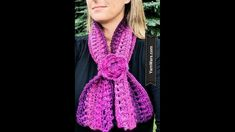 Knitting Patterns Cowl The Venetian Scarf or Cowl Free Crochet Pattern Chunky Crochet Scarf, Crochet Scarves, Fast Crochet, Learn Crochet, Knitting Patterns, Crochet Patterns, Scarf Patterns, Red Heart Unforgettable, Crochet Triangle