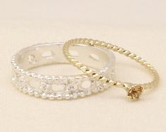 Luccica 低調優雅兩枚入銀白縷空水晶圈組合 尾戒指 (包平郵)