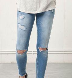 Jeans strappati di bershka
