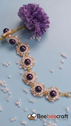 Beebeecraft beautiful bracelet making with pearl and seed beads Beaded Bracelets Tutorial, Diy Bracelets Easy, Beaded Bracelet Patterns, Bracelet Crafts, Jewelry Crafts, Handmade Jewelry, Bead Patterns, Weaving Patterns, Seed Bead Bracelets Diy