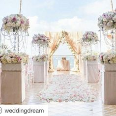 Thank you for sharing our work @weddingdream! @pamscottphoto @emilyesmiley #platinumpro #platinumproinc #platinumproevents #platinumproflora...