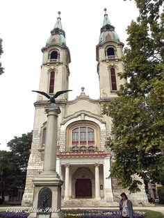 ITTHON VAGY - NÉZZ KÖRÜL NÁLUNK...: Pápa / Folytatáshoz kattints a posztra Hungary, Notre Dame, Building, Buildings, Construction
