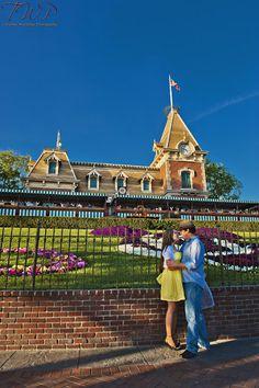 In love with this shot! Disneyland Engagement Photos: Julia + Adam |